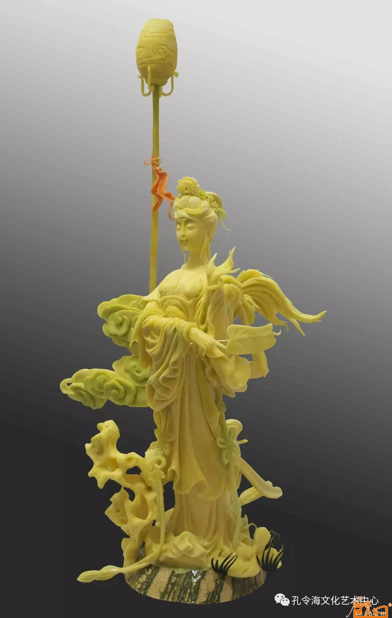 国画名家 孔令海 - 食品雕刻人物作品:《春宫仕女》 原料:南瓜